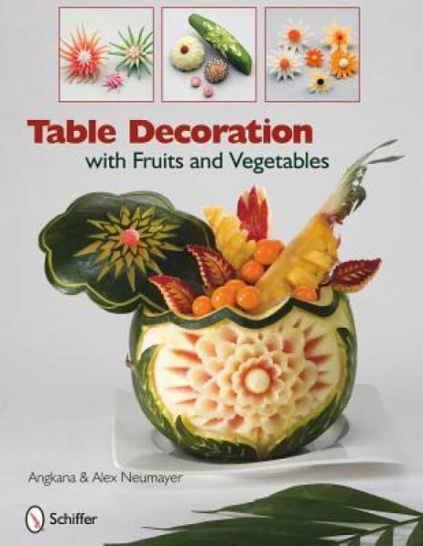 TableDecorationwithFruitsandVegetables