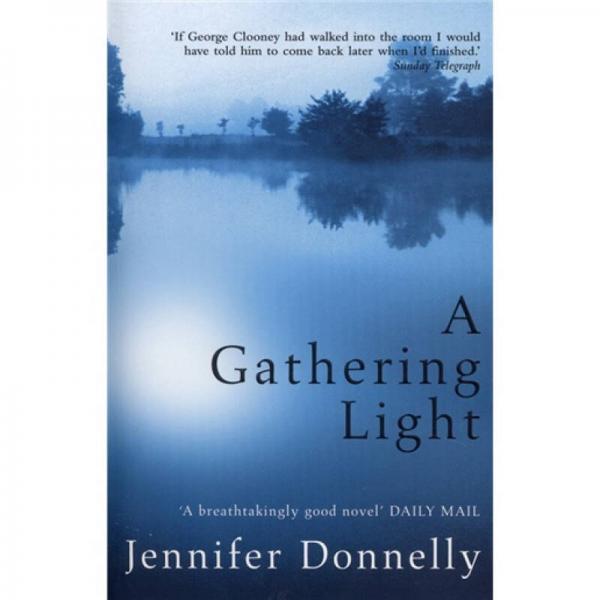 A Gathering Light[聚光灯下]